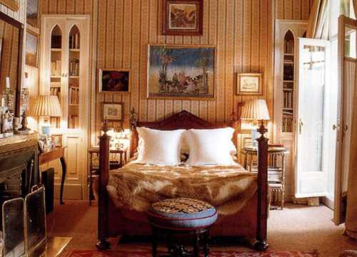 Итак, для начала обозначим некоторые особенности испанского стиля деревянные балки на потолке арочные окна и дверные проемы приветствуется полное отсутствие дверейплетенные кресла из ротанга