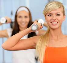 Начинать тренировку нужно с проработки крупных мышц и только потом приниматься за мелкие