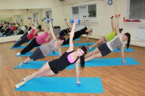 Эта тренировка носит название круговая и используется на начальном этапе ваших занятий продолжительность недели для того, чтобы подготовить тело к более серьезным нагрузкам и при сгонке веса с учётом высокой интенсивности