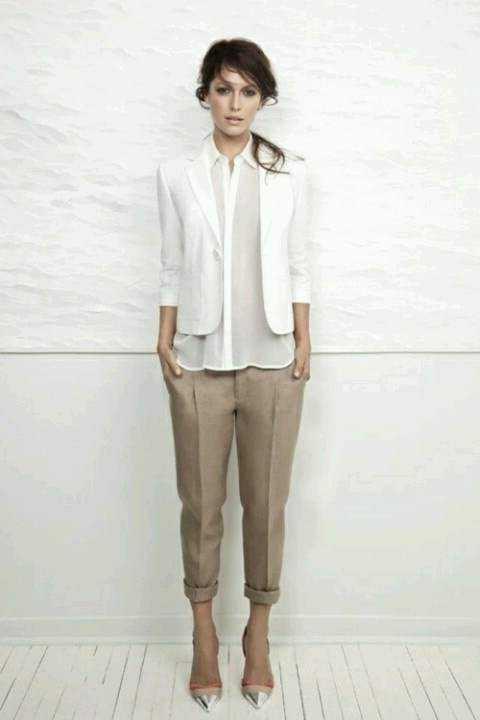На первый взгляд, белые брюки кажутся довольно маркими и не практичными