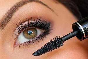 Запрещается использование туши во время хронических и острых вирусных заболеваний глаз