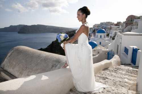 Прекрасная свадьба за границей на Санторини