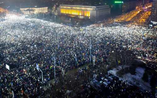 Кризис власти в Италии: президент пошел против парламента
