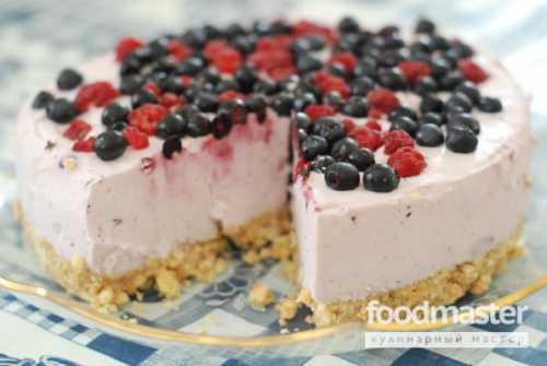 Если йогурт не достаточно сладкий, можно добавить сахар в мусс, лучше его добавлять на этапе взбивания сливок