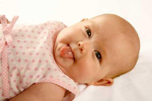 Что должен уметь ребенок в 3 месяца при