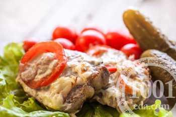 Рецепты куриных отбивных с помидорами и сыром,