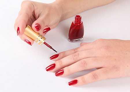 Лак для ногтей: все, что нужно знать, чтобы